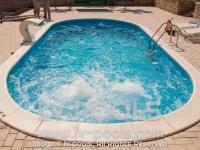 15 Hidro masaza u stepenicama bazena
